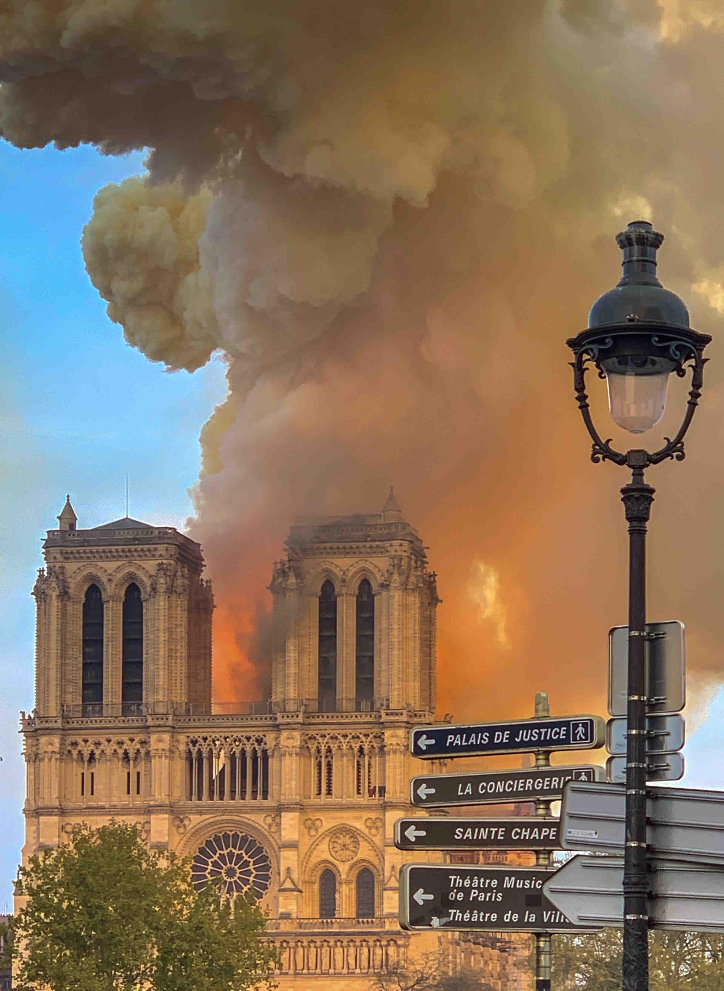¿Por qué debería visitar Francia?