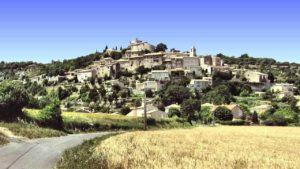 Magnífico Simiane-la-Rotonde en Provenza
