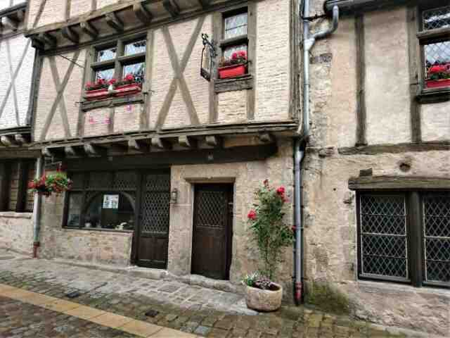Descubre 4 ciudades históricas en Vienne, Poitou-Charentes