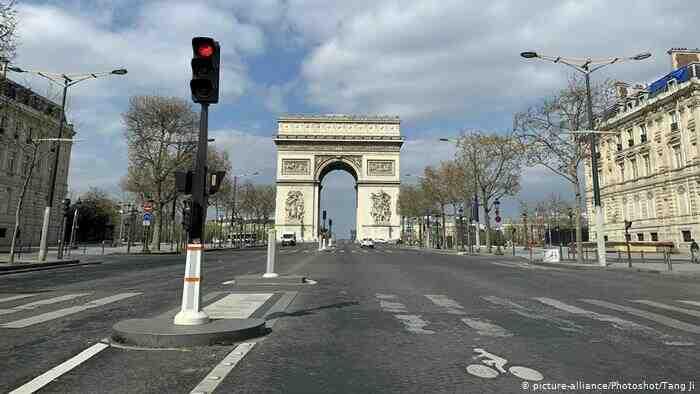 Francia fija sus elecciones presidenciales para el 10 y 24 de abril