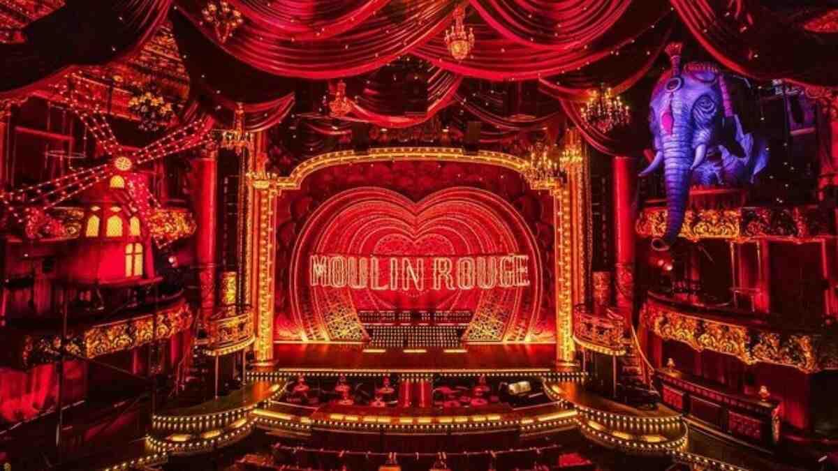 Moulin Rouge, el icónico cabaret parisino reabre sus puertas tras la pandemia